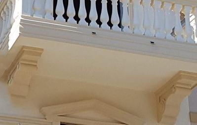 Modiglioni mensole sottogronda e mensole sotto balcone